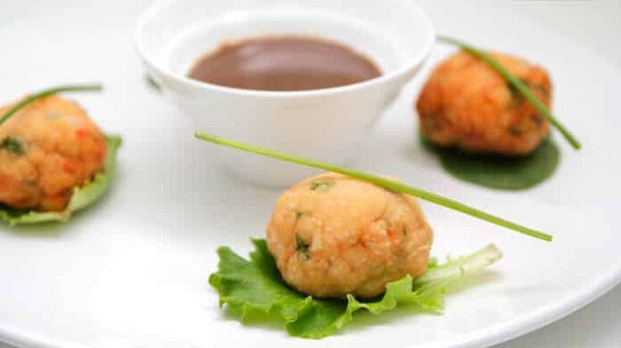 Boulettes de saumon et crevettes à la sauce crémeuse orientale