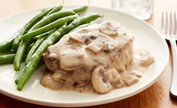 Filet mignon de porc à la sauce de champignons - Plat et ...