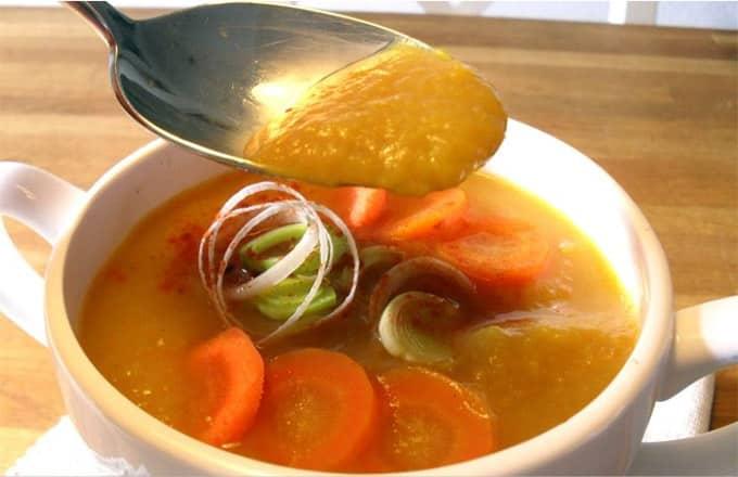 Soupe désintoxe de légumes légère