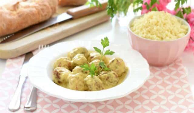 Couscous avec boulettes de viande au curry avec Thermomix