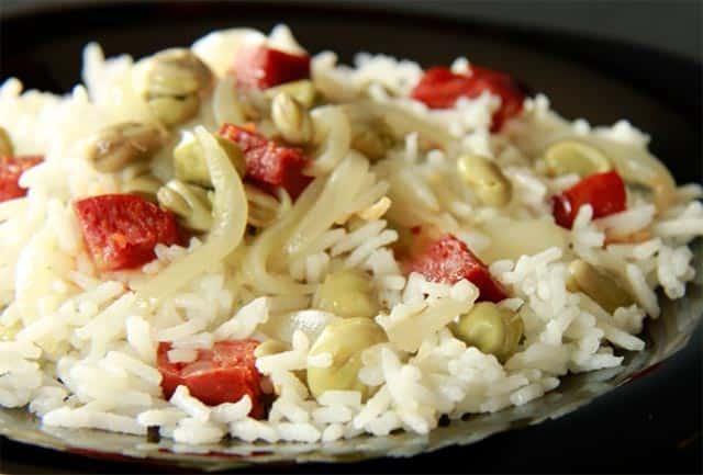 Riz aux haricots et saucisses
