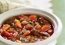 Soupe au boeuf, au bulghur et aux pois chiches