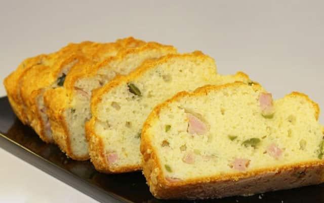 cake lèger au jambon et aux olives