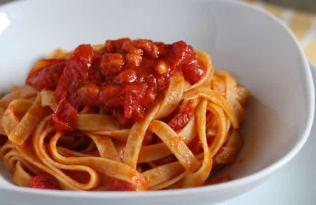 Pâtes aux tomates cerises et lardons WW