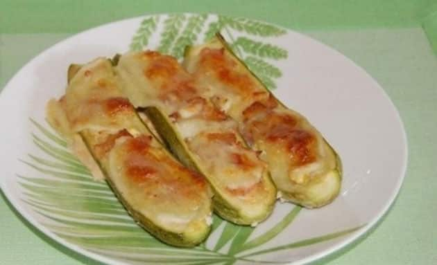 Courgettes farcies au jambon et mozzarella WW
