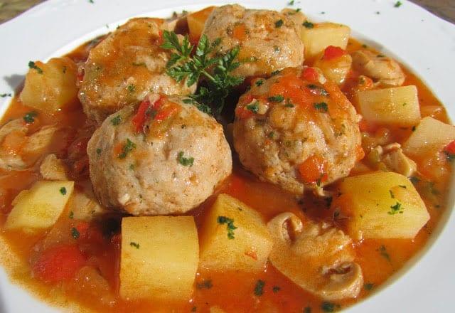 ragoût de boulettes de viande aux légumes WW