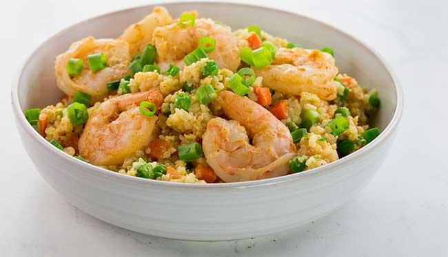 Curry de riz crevettes et légumes