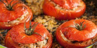 Tomates farcies aux courgettes et riz