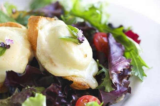Salade de chèvre chaud ww