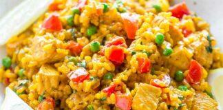 Paella au poulet facile et rapide