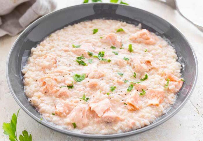 Risotto au saumon et poireaux