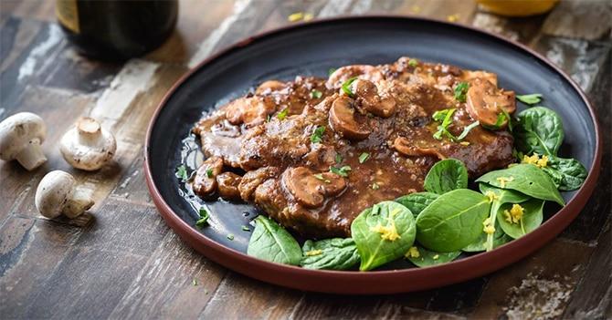 Escalopes de veau à la sauce champignons au Thermomix