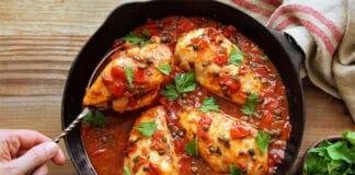 Poulet à la sauce aux poivrons et tomate au Thermomix