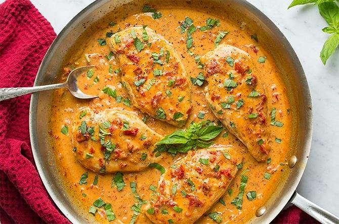 Blanc de poulet à la crème de tomate