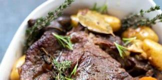 Rôti de boeuf aux pommes de terre et champignons