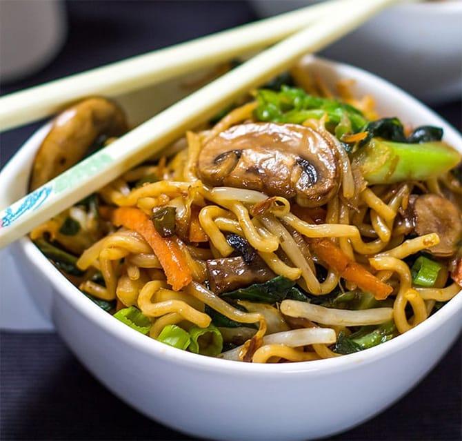 Nouilles chinoises au poulet au Thermomix