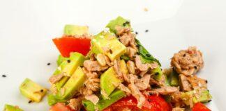 Salade d'avocat et thon