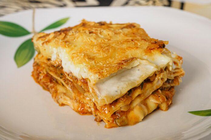 Lasagnes au chou-fleur et viande hachée