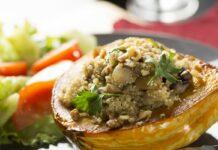 Potiron farci au quinoa et champignons