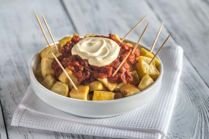 Pommes de terre à l'espagnole avec sauce tomate au Thermomix