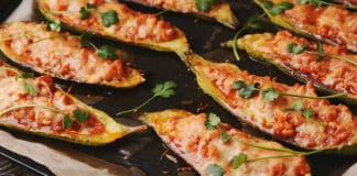Aubergines farcies aux légumes et à la viande hachée