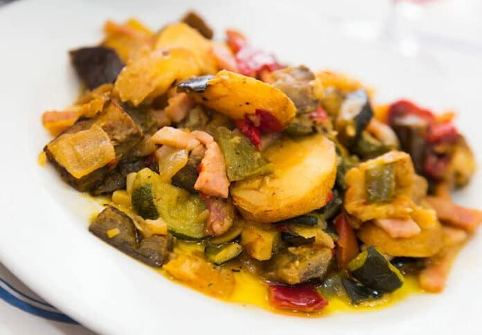 Poêlée de légumes d'été et jambon