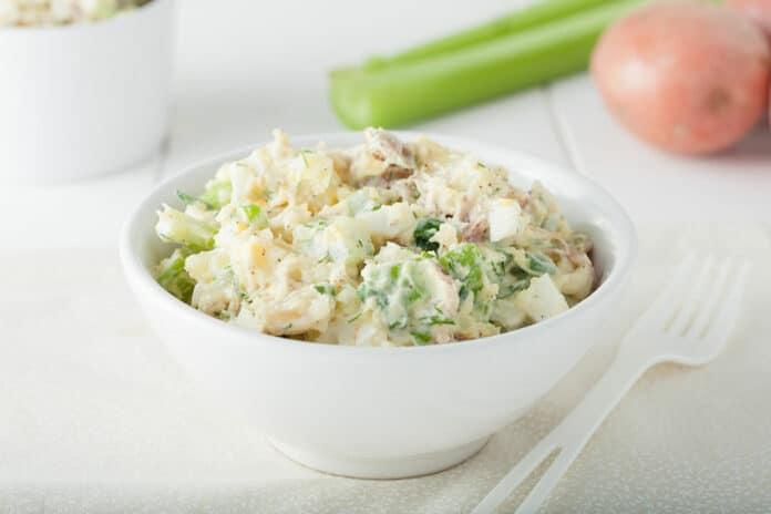 Pommes de terre à la sauce au thon