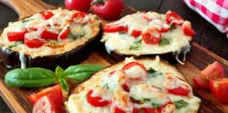 Mini-pizza à l'aubergine viande hachée et fromage