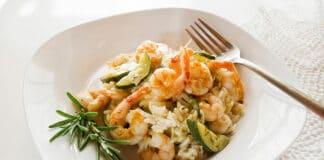 salade de riz aux courgettes et crevettes